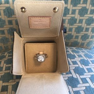 Louis Vuitton Ring/Jewelry/Engagement/Trunk Box